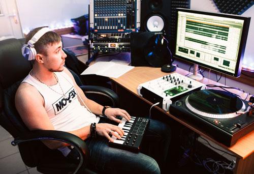 DJ ET COMPOSITEURS